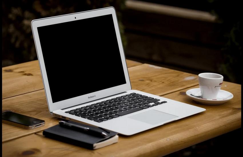 umowa kupna sprzedazy laptopa